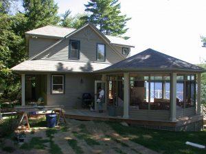 r2000 custom home - back of cottage