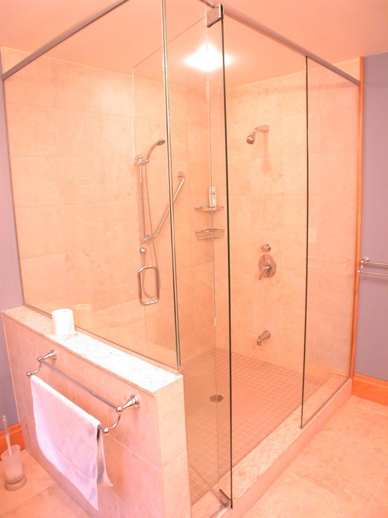 r2000 custom home - bathroom