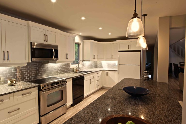 home renovation - kitchen cupboards
