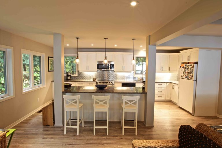home renovation - kitchen island with 3 stools