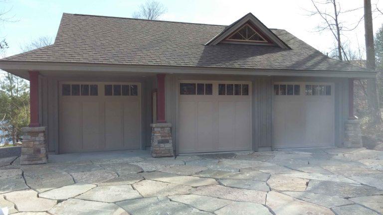 Buckhorn garage - driveway