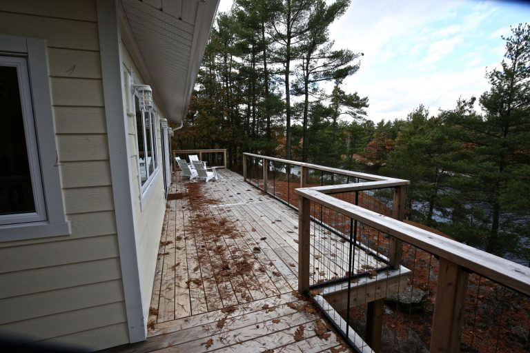 custom stoney lake cottage - Deck