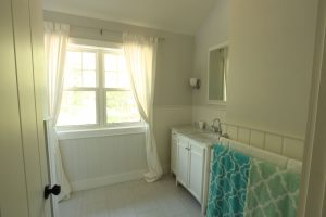 stoney lake custom cottage build-master bathroom