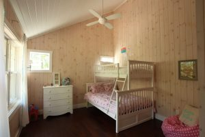 stoney lake custom cottage build-kid's bedroom