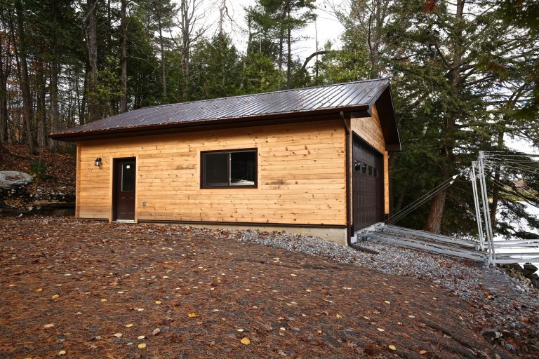 sandy lake boathouse - side exterior