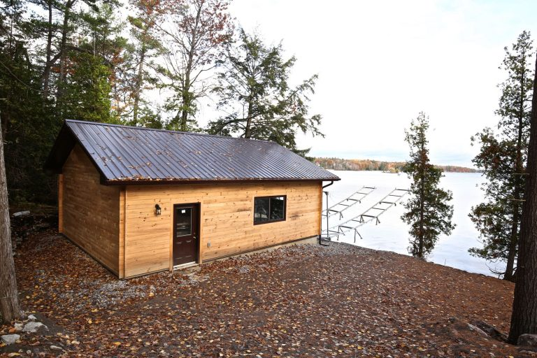 sandy lake boathouse - from behind