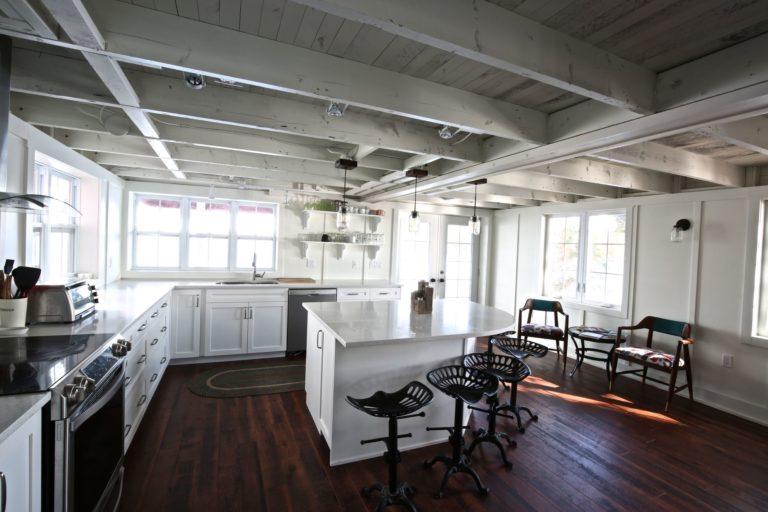Stoney Lake cottage renovation - kitchen