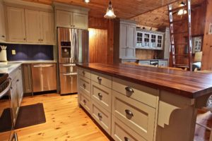 Stoney Lake island cottage renovation - kitchen island