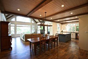 Custom Built Island Cottage - Dining Room