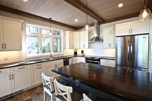 Custom Built Island Cottage - Kitchen