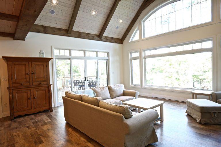 Custom Built Island Cottage - Living Room