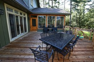 Custom Built Island Cottage - Deck