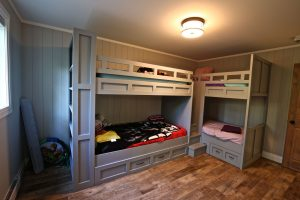 Custom Built Island Cottage - Kid's Bedroom and Bunkbeds