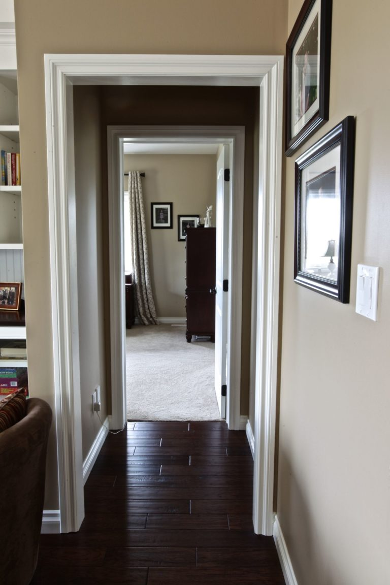 Custom Home Lakefield - Hallway