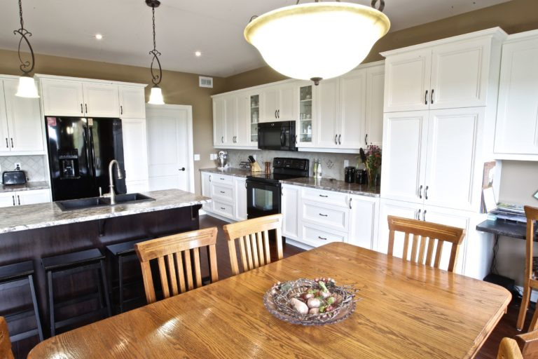 Custom Home Lakefield - Cabinetry