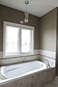 Custom Home Lakefield Tub