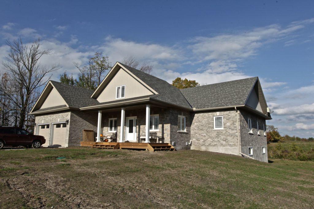 Custom Home Lakefield54