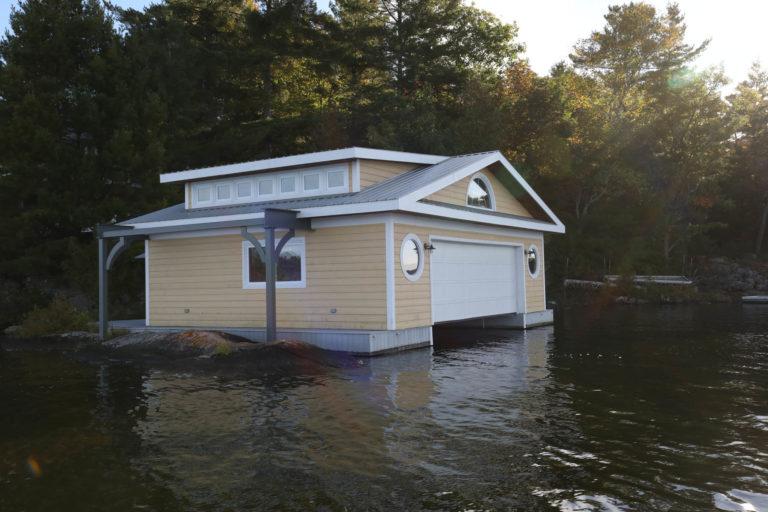 Island Boathouse Stoney Lake 3