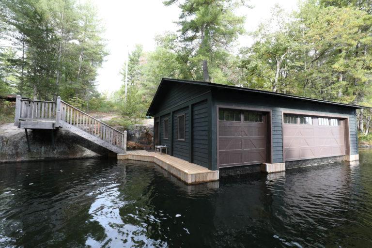 Stoney Lake Island Boathouse - Dockside