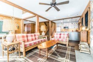 Buckhorn Custom Cottage (49)