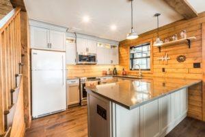 Buckhorn Custom Cottage (51)