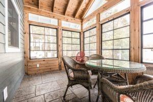 Buckhorn Custom Cottage (59)