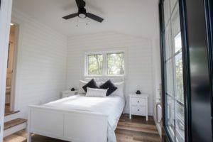 island cottage bunkie