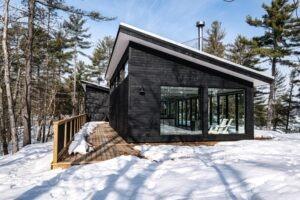 island cottage on Stoney Lake